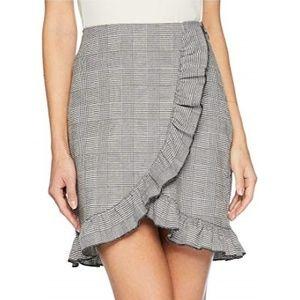 Romeo & Juliet Couture Ruffle Detail Mini Skirt